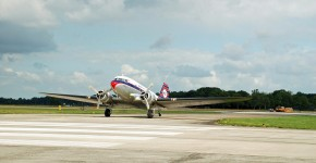 plane-3298902_1920