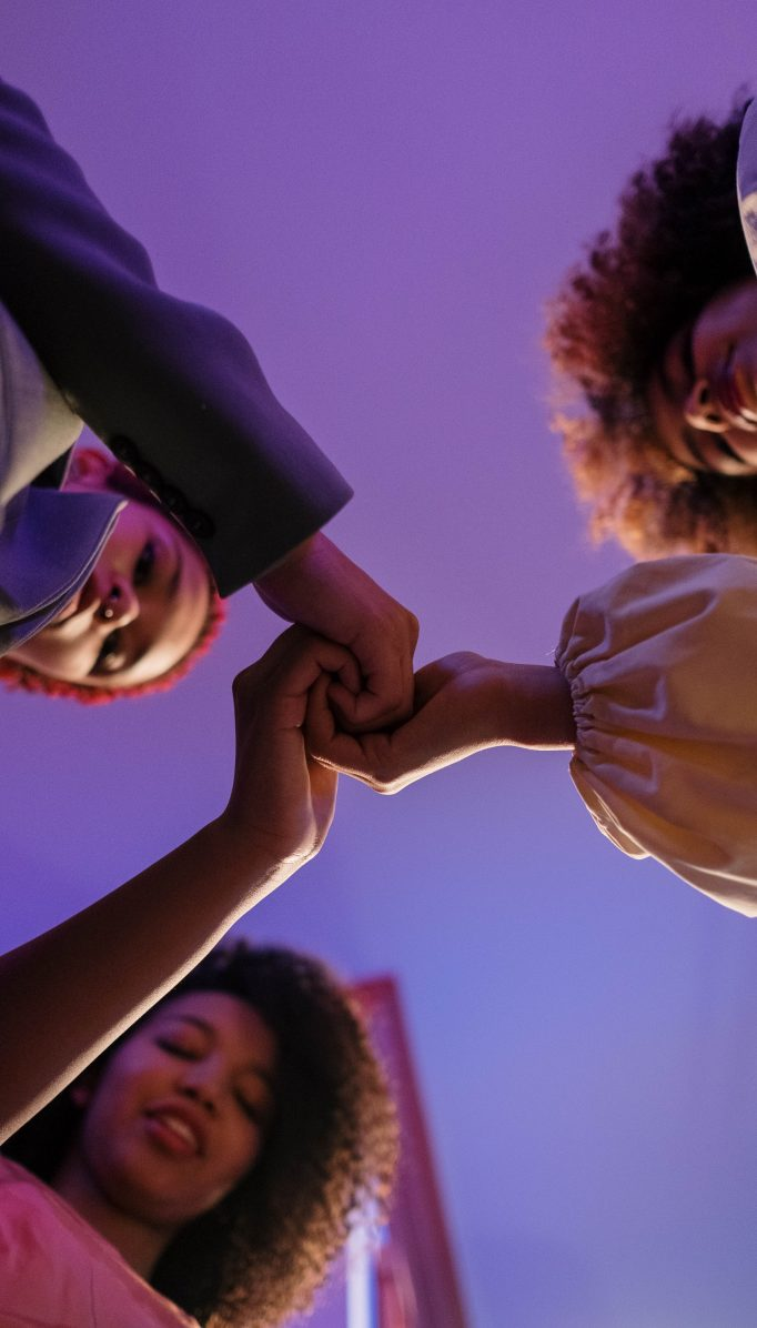 Qué es la sororidad y por qué es importante para las mujeres